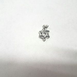 Jewelry - Sterling Silver Star of David pendant